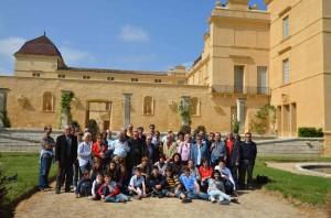 Gruppo con castello di Castries