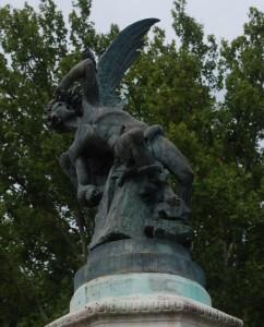 Monumento a Lucifero