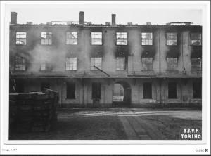 Manifattura bombardata 1943